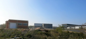 Pogled na Autoservis Filipović u izgradnji, pogone IZO i ABS