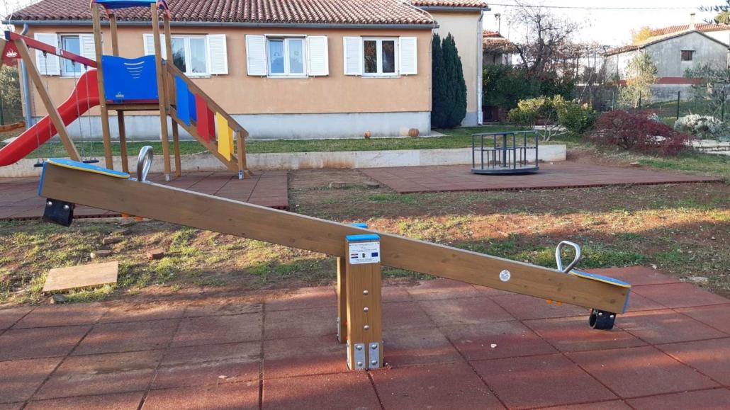Uređenje i opremanje dječjeg igrališta Barban
